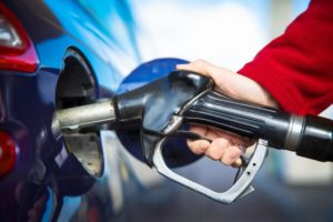 ahorrar gasolina con gasolinera low cost en Madrid